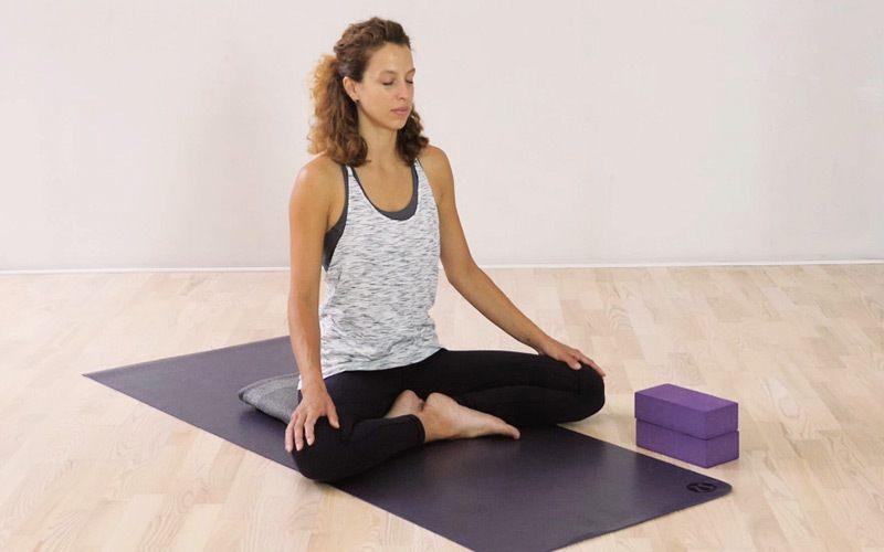 Yoga für Anfänger – Alles für deine erste Yogastunde
