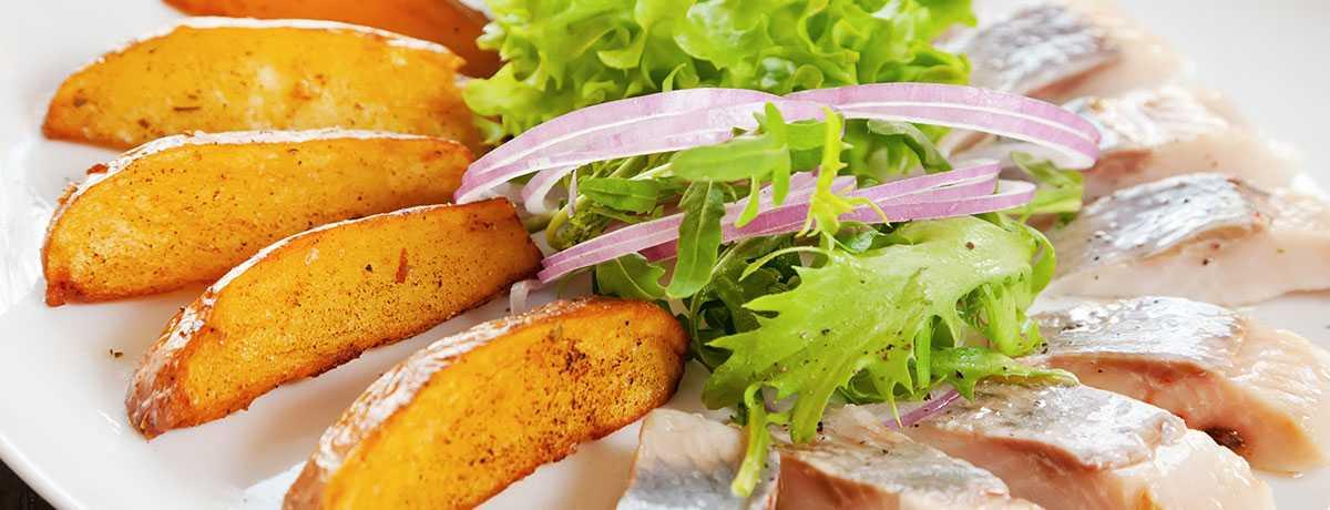 Bratkartoffeln mit Quark und Hering