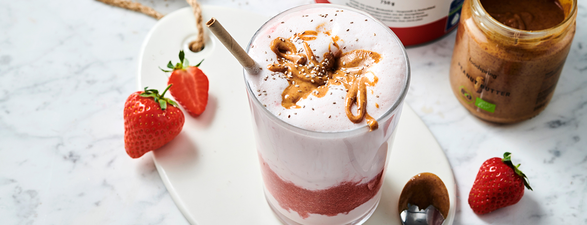 Strawberry-banana shake
