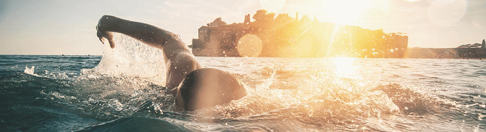 Schwimmer im Meer