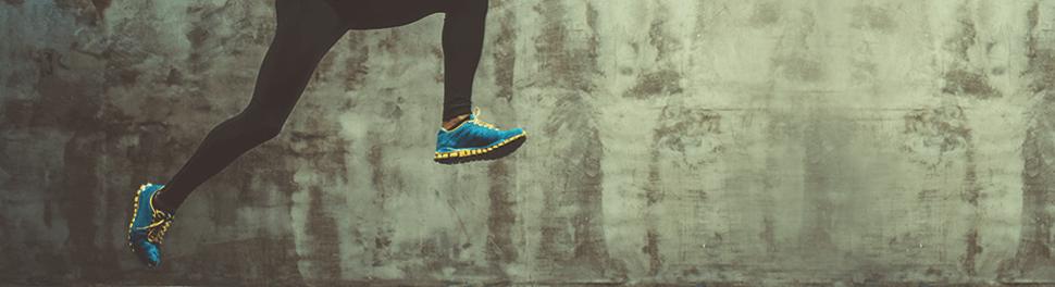 Füße Mann im Sprunglauf